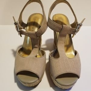 Antonio Melani Wedge Cork Heels 9.5 EUC